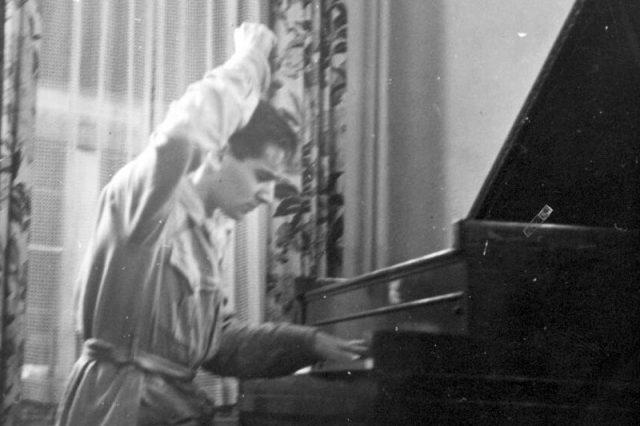 Bernstein, 1936.