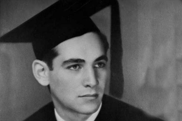 Leonard Bernstein Harvard Graduation picture, Class of '41